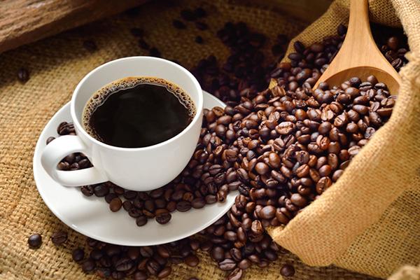 FRESH HOT KONA COFFEE & DONUTS